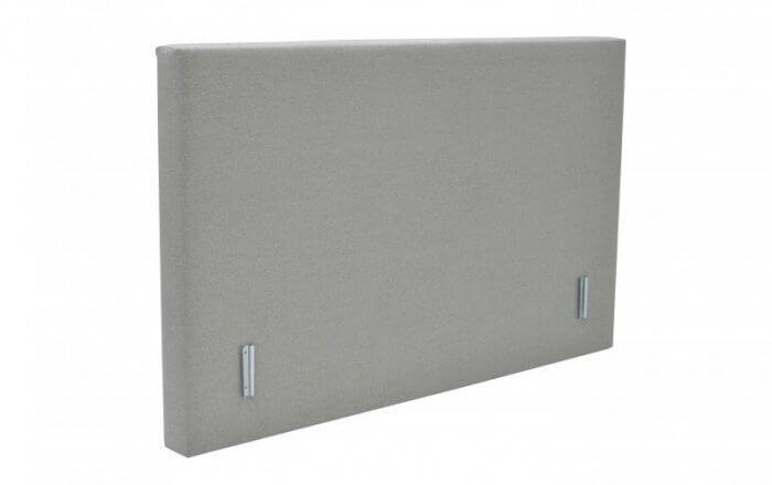vlak hoofdbord voor een boxspring in het ligt grijs
