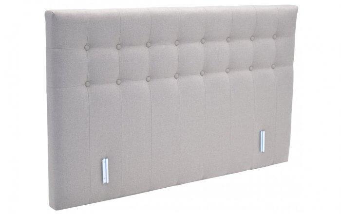 wit hoofdbord met twee horizontale rijen knopen en stiknaden