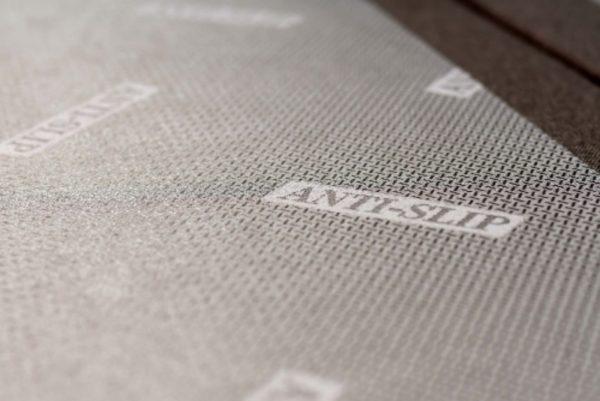 antislip laag op een boxspring pocket matras