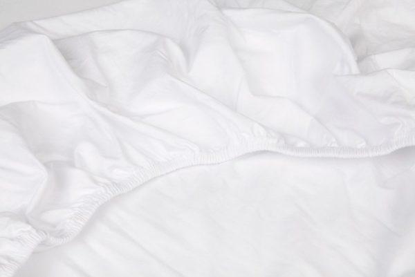 Elastiek van dubbel jersey hoeslaken in de kleur wit